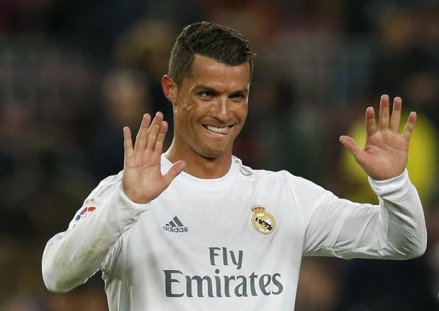 Wolfsburg - Real Madrid: Cái duyên của Ronaldo