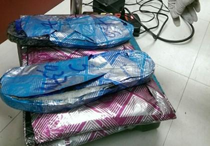 Bắt hành khách vận chuyển 3 kg ma túy tại sân bay Tân Sơn Nhất