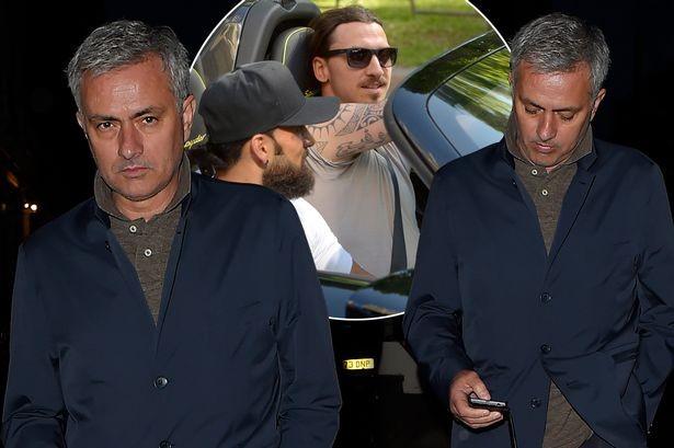 Ibrahimovic, Stone là 2 bản hợp đồng đầu tiên của Mourinho tại M.U