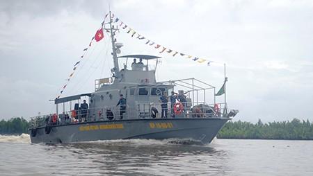 Bộ đội biên phòng Cà Mau ra mắt tàu tuần tra