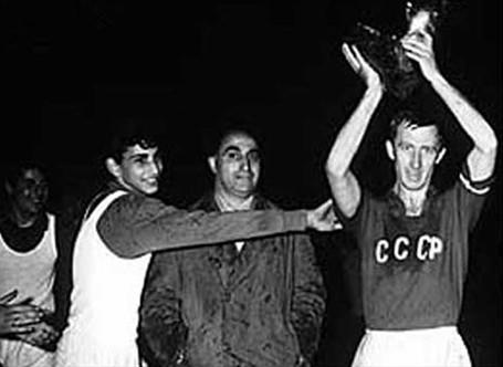 Euro 1960: Liên Xô xưng bá châu Âu