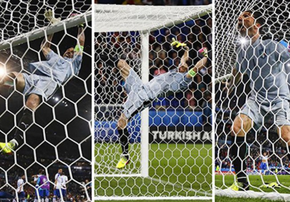 Buffon phấn khích đánh đu xà ngang và cú ngã đau điếng
