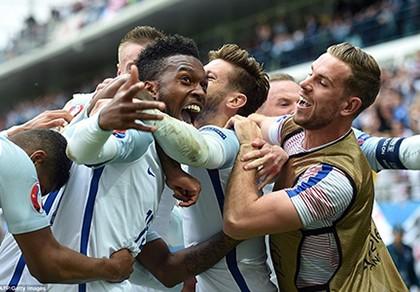 Anh 2-1 xứ Wales: Ngược dòng đầy cảm xúc