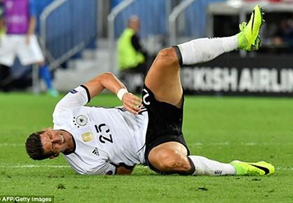 Đức gặp khủng hoảng, mất 3 trụ cột trong trận gặp Pháp