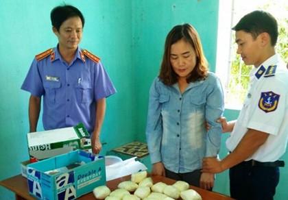 Bắt một phụ nữ vận chuyển ma túy 'khủng' trên tàu hỏa