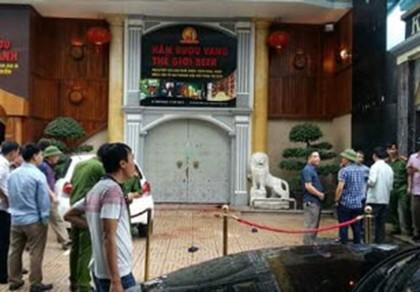 Hai nhóm thanh niên lao vào nhau đâm chém kinh hoàng gần chợ Quán Lau