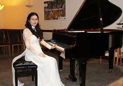 Đêm nhạc tài năng trẻ Mozart & Me