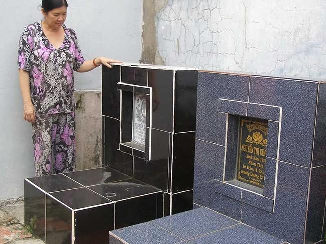 Tự tiện di dời 2 ngôi mộ