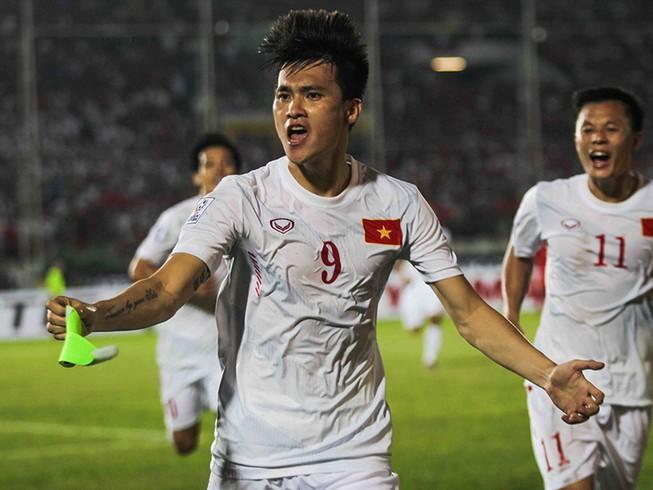 Hàng công tỏa sáng, Việt Nam thắng nghẹt thở Myanmar