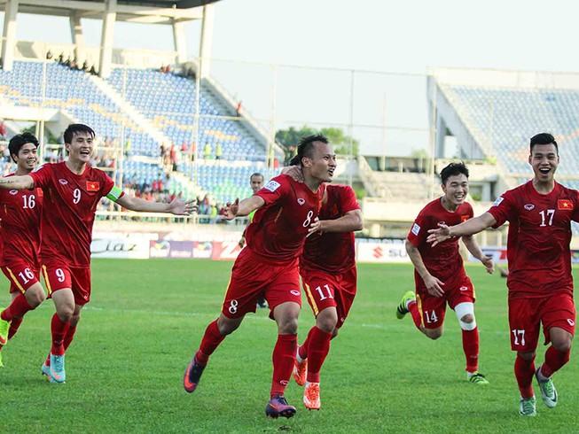 Việt Nam 1-0 Malaysia: Chiến thắng nhọc nhằn và quả cảm