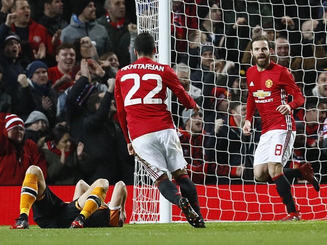 MU 2-0 Hull City: Đặt một chân vào chung kết