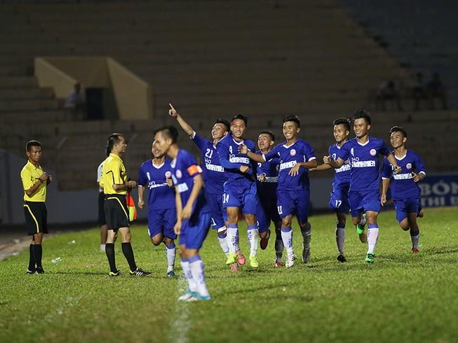 VCK U-19 quốc gia: Mưa bàn thắng, rượt đuổi ngoạn mục