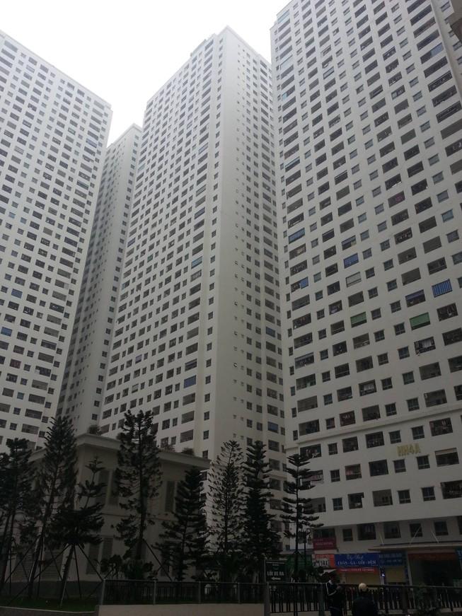 Nổ máy biến áp ở khu chung cư Linh Đàm, nhiều người hoảng hốt