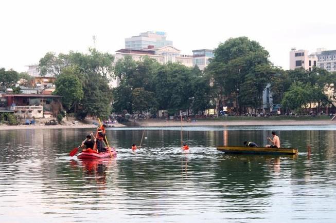 Sau tiếng la hét, người đàn ông nhảy xuống hồ Thiền Quang tử vong