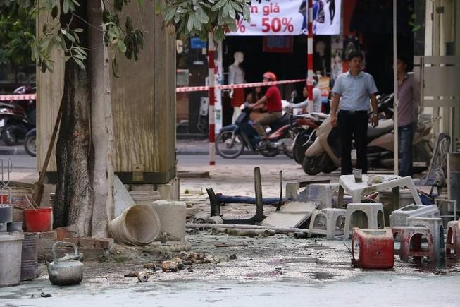 Bốt điện phát nổ, 5 người bị thương nặng