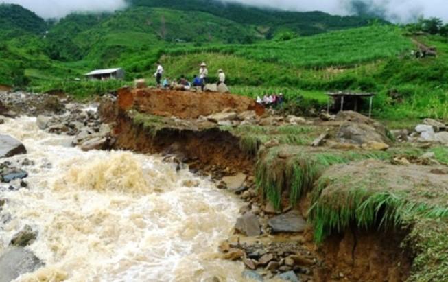 Sạt lở đất ở Hà Giang, 3 người tử vong