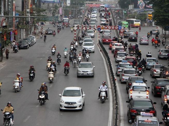 Giao thông Hà Nội tăng cao sau dịp nghỉ tết