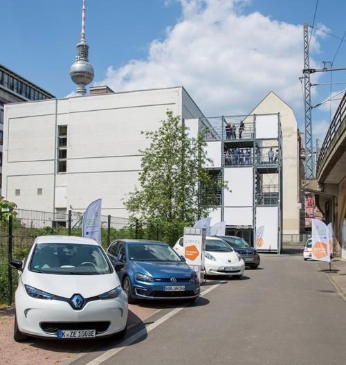 Đức & Bỉ: Lắp trạm sạc điện cho ô tô điện