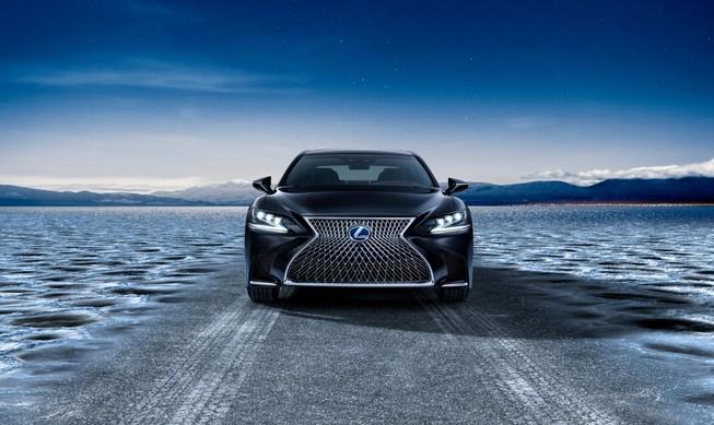 Hào nhoáng mẫu xe Lexus LS 500h hoàn toàn mới