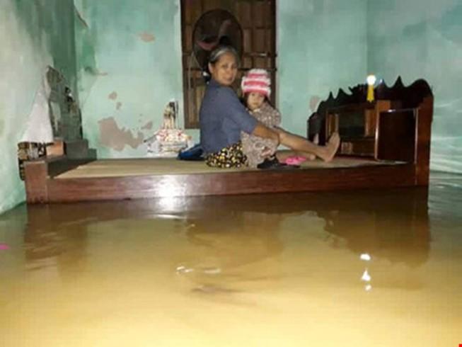 LĐLĐ TP.HCM kêu gọi CBVC-LĐ ủng hộ nhân dân vùng lũ