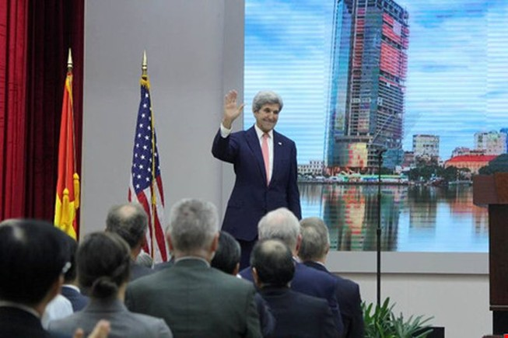 Ngoại trưởng Mỹ John Kerry phát biểu tạm biệt Việt Nam