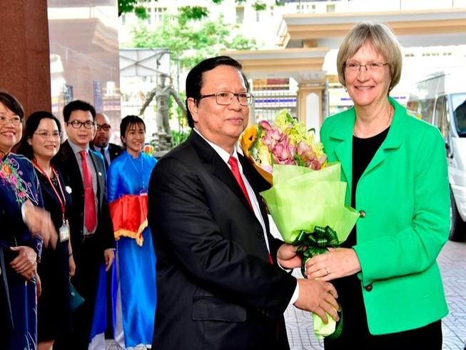 Hiệu trưởng ĐH Harvard: Việt Nam không phải cuộc chiến