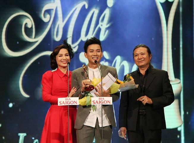 Showbiz Việt đổ xô đến Mai Vàng