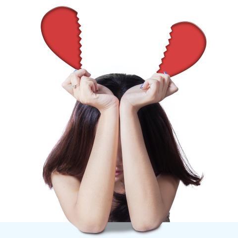 Đừng cay nghiệt với người từng ly hôn