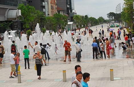 Tăng cường công an mật phục, camera an ninh cho phố đi bộ Nguyễn Huệ