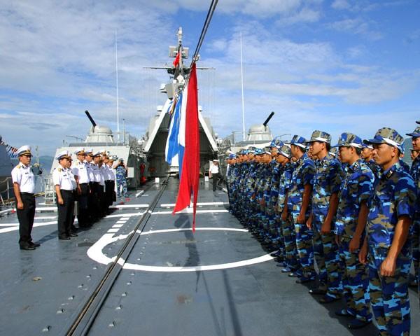 Họp mặt truyền thống kỷ niệm 60 năm thành lập Hải quân nhân dân VN
