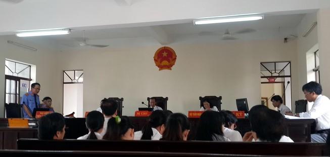 Trả hồ hơ vụ 12 cán bộ Ngân hàng Agribank Bà Rịa-Vũng Tàu bị khởi tố