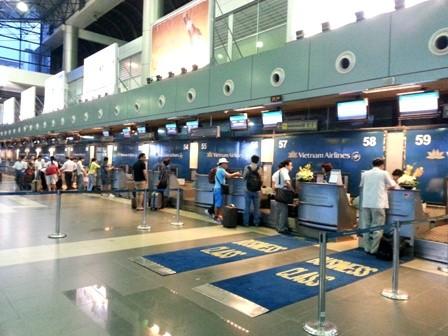 Khởi tố vụ nhân viên sân bay trộm điện thoại du khách