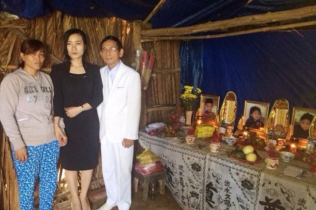 Đại gia Lê Ân hỗ trợ an táng 3 bé chết đuối ở huyện Đất Đỏ