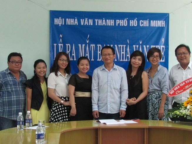 Nhà báo Trần Nhã Thụy làm trưởng Ban Nhà văn trẻ TP.HCM