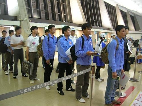 Malaysia: Không đón lao động trong 6 giờ sẽ trả về điểm xuất cảnh