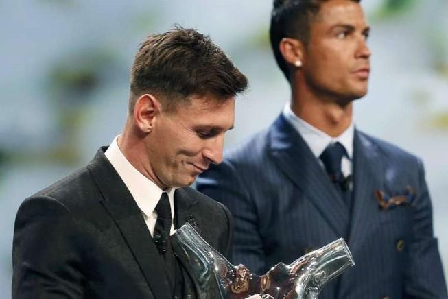 Một con người khác của Ronaldo