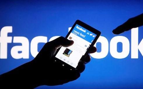 Tổ chức họp báo trả lời vụ chê chủ tịch tỉnh trên Facebook