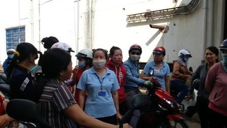 Công ty không đóng BHXH, 400 công nhân ngưng việc phản đối