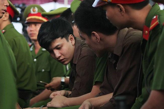 Những điểm lạ của phiên tòa xử vụ thảm sát Bình Phước