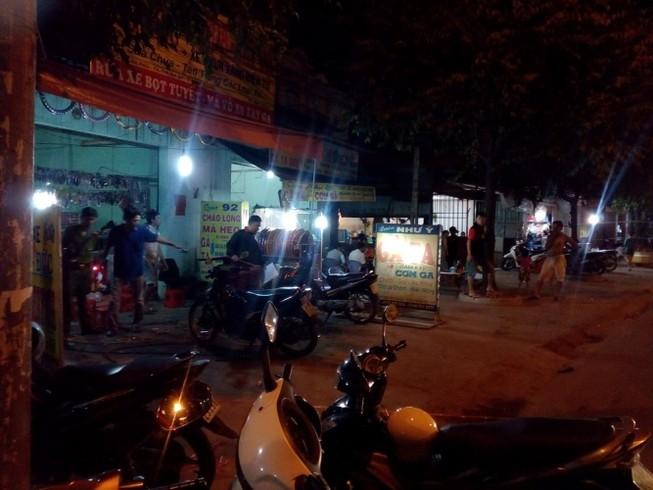 Hỗn chiến trong tiệm sửa xe, hai người bị đâm chết