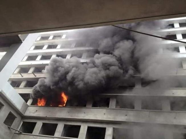 Cháy lớn BV Nhiệt đới Trung ương