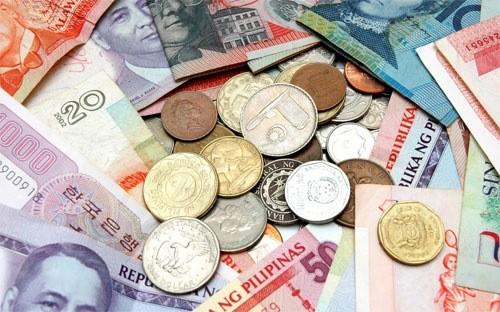 Các nền kinh tế mới nổi để mặc cho đồng nội tệ mất giá