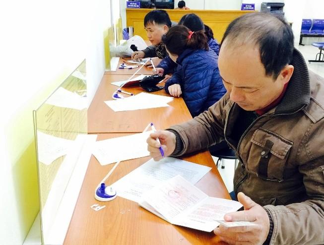 Công sở Hà Nội ngày làm việc đầu xuân: Nơi đông đúc, chốn đìu hiu