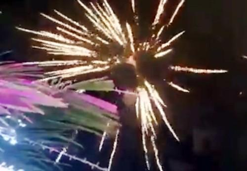 Đám cưới con gái đại gia ở Cà Mau 'có bắn pháo hoa'