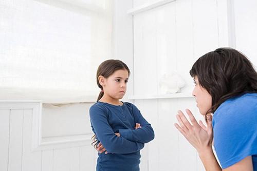 """Hạn chế tác động """"tai hại"""" của con cái đến hôn nhân"""