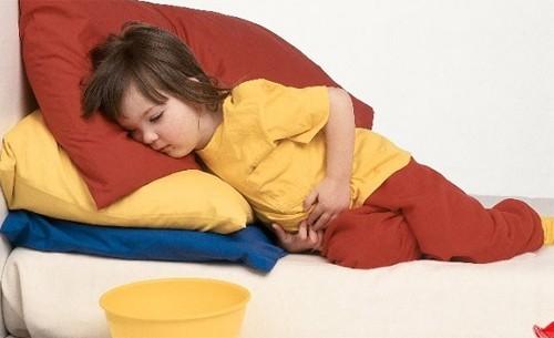 Vì sao trẻ dễ bị rối loạn tiêu hóa chức năng?
