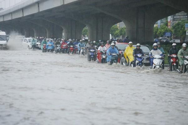 Nội thành Hà Nội sẽ ngập úng ở 16 điểm khi mưa lớn