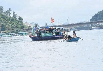 Tìm thấy nạn nhân trong vụ tàu thủy đâm chìm tàu ngư dân