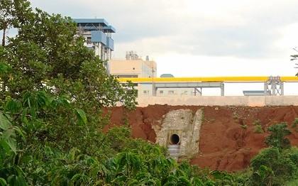 Xác nhận nhà máy alumin ở Nhân Cơ gặp sự cố tràn hóa chất