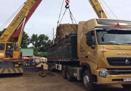 Xe tải trọng 48 tấn chở 113 tấn
